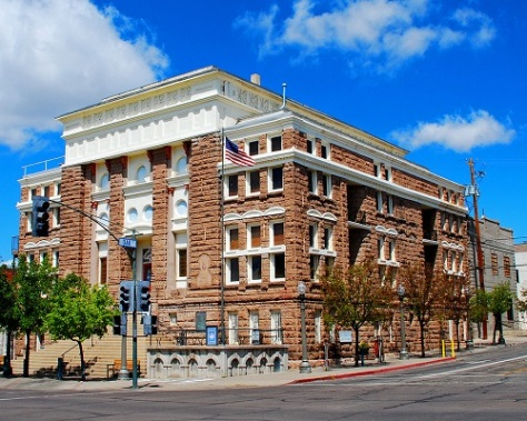 .jpg photo of old Gila County Courthouse