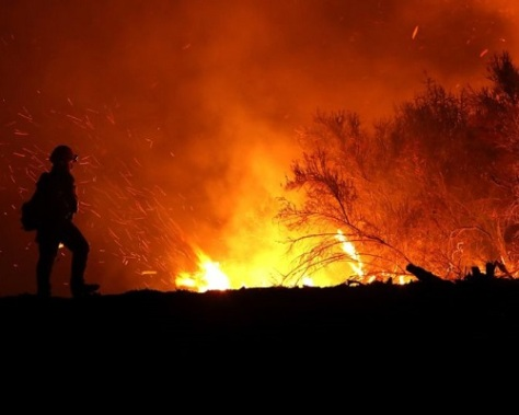 .jpg photo of Firefighter in California