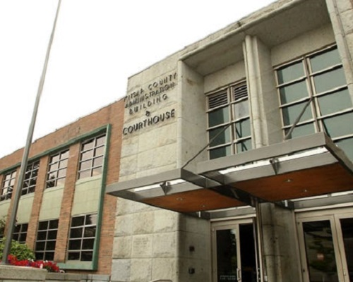 .jpg photo of kitsap county courthouse in Washington